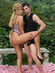 Horny blonde camgirl dishes out her furpie outdoors in front of a live cam audience